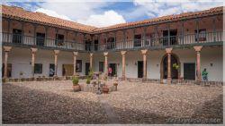 Cuscos-patios-1