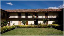 Cuscos-patios-7