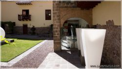 Cuscos-patios-16